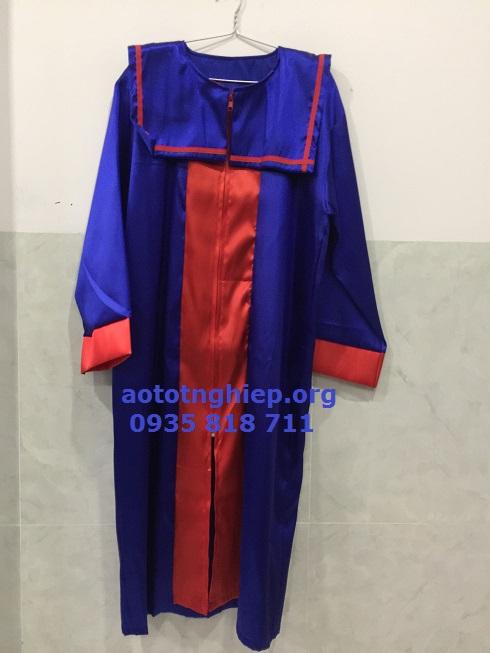 Áo tốt nghiệp TT anh ngữ 11