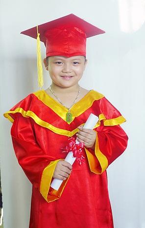 Áo tốt nghiệp tiểu học T15
