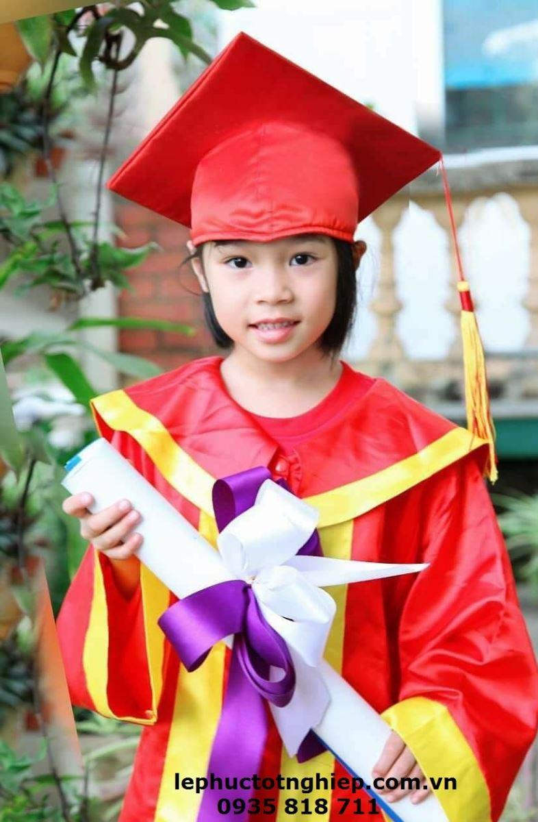 Lễ phục Tốt nghiệp Tiểu Học