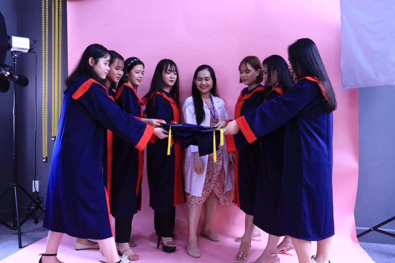 xuong may ao tot nghiep cu nhan